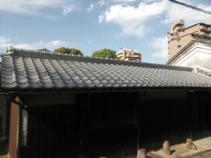 古民家の屋根の葺き替え完成後の写真です。