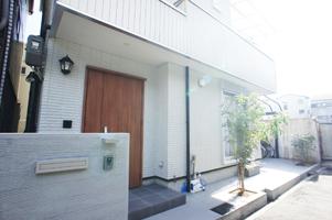 工事後の玄関の写真です。
