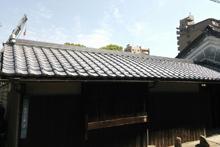屋根葺き替え施工事例完成写真です。