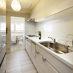 新しくなったキッチンの写真です。